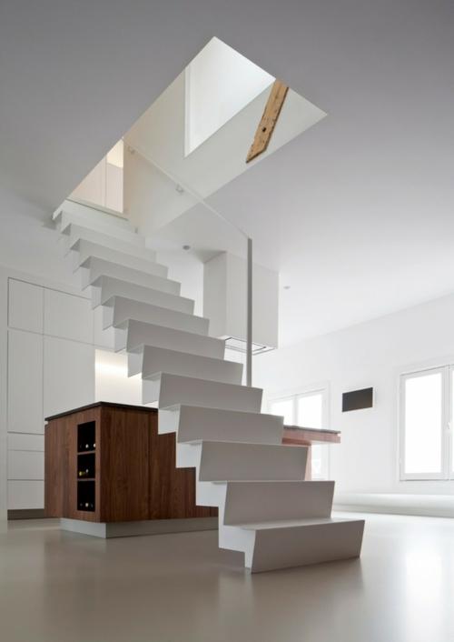 Нестандартная деревянная лестница