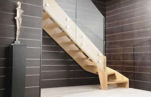 Маршевая лестница без подступенков