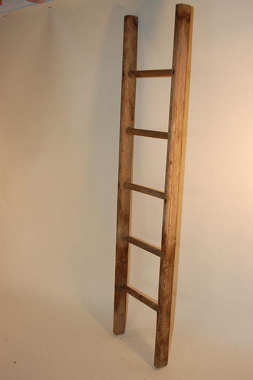 Самодельная приставная лестница