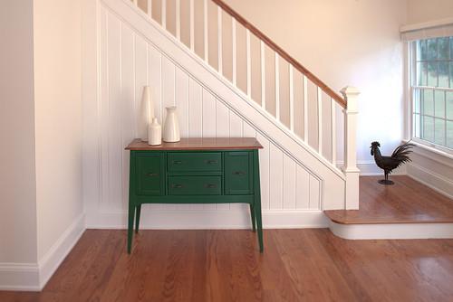 Маршевая лестница - традиционный вариант для большого дачного дома
