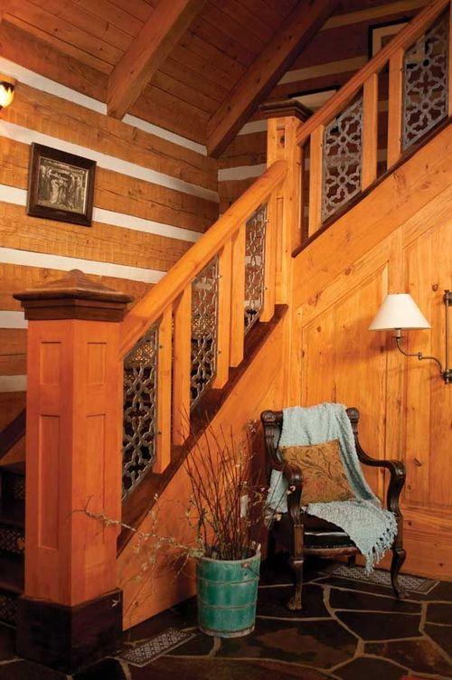 Двухмаршевая лестница с площадкой и поворотом