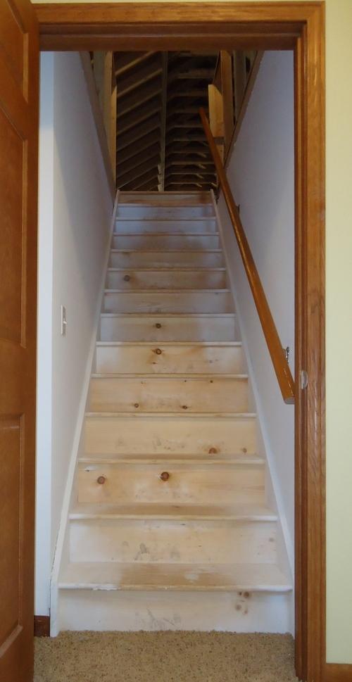 Мансардная лестница от Леруа Мерлен