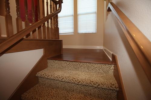 Лестница в хорошем состоянии - ремонт не требуется